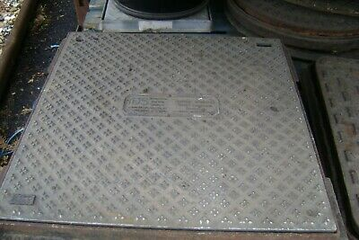 MANHOLE  BASE AND LID SIZE   468mm X 468mm  APPROX • 25£