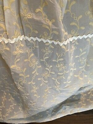 $99 • Buy Vintage Baby Bassinet Skirt Cover Bedding Yellow White Flocked Quilted NOS 50's