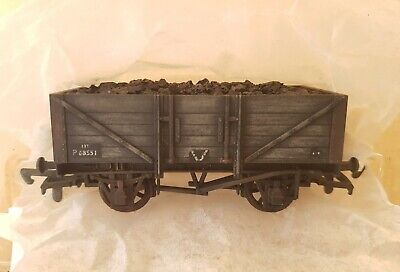 Dapol A001 OO Gauge Unpainted 5 Plank Wagon Pro Painted & Weathered, Coal Load • 9.99£