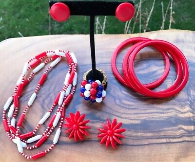 $ CDN49 • Buy MOD Jewelry Plastics Lot Vintage 1960's Red White & Blue