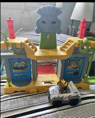 $80 • Buy Paw Patrol Jungle Rescue Monkey Temple With Tracker