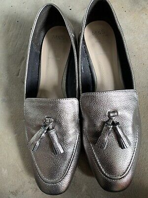 M&S Pewter Size 6 1/2 Wide Fit Leather Shoe • 12.95£