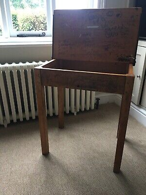 Vintage School Desk With Lift Top And Original Graffiti! • 25£