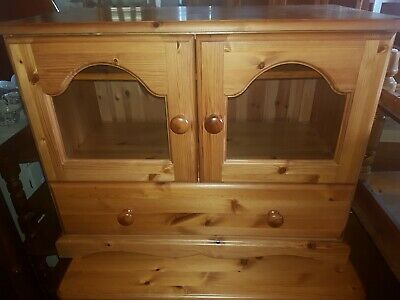 Entertainment Unit TV Cabinet  Stand Two Glass Doors  • 49£