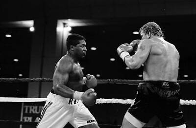 OLD BOXING PHOTO Ray Mercer Looks To Throw A Punch Against Tommy Morrison • 4.69£