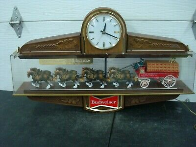 $ CDN587.98 • Buy Vintage Budweiser Clydesdale Lighted Bar Clock Sign