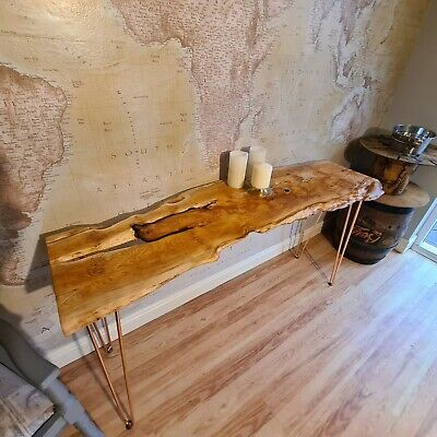 Yew Tree Console Table  • 300£