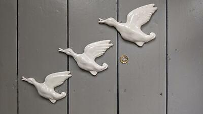 New Retro - Set Of 3 Flying Goose Geese Duck Decoration Wall Gift Present Ducks • 25£