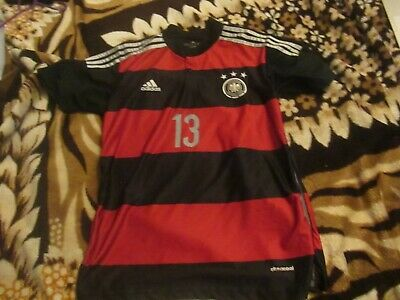 Germany  Medium Black/red   Football  Shirt   No13 Muller • 8.50£