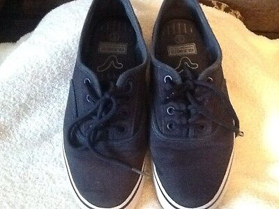 Voi Navy Pumps,plimsolls,trainers Size 6 • 3£