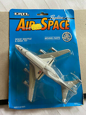 ERTL Space Shuttle And NASA 747  • 9.50£