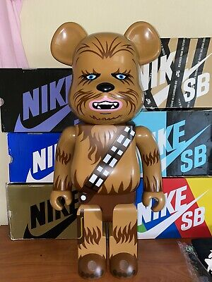 $600 • Buy Bearbrick 1000 Star Wars Chewbacca
