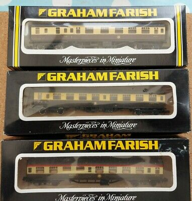 Graham Farish N Gauge BR MK1 Coaches Set 3 • 10.50£