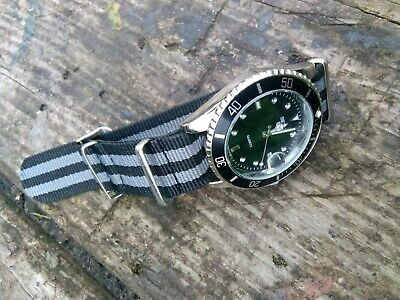 Submariner Homage Divers Watch With NATO Strap • 17.50£