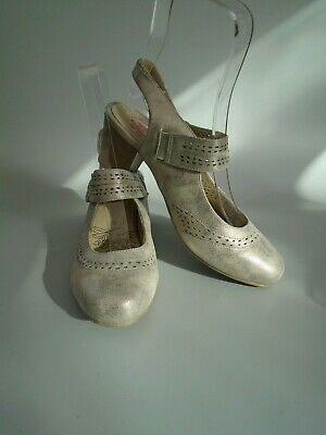 Pavers Pewter Shimmer Leather Mary Jane Shoes Size 6 • 22.99£