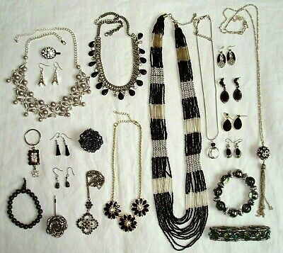 Black Costume Jewellery Mixed Job Lot Inc Earrings, Bracelets, Necklaces & Ring • 6£