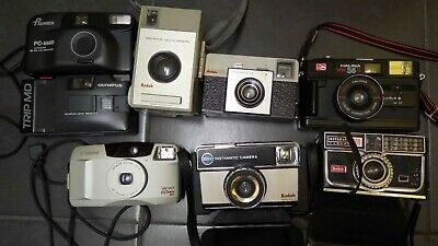 Job Lot Of Old Cameras Kodak.. Canon.. Olympus Etc..  • 12.50£
