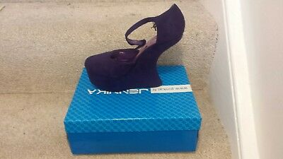 Shoes Size 5 - Curved Wedge Heel Purple Suede By Jennika - BRAND NEW IN BOX • 10£