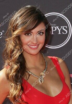 $ CDN14.55 • Buy 8b20-11574 Lovely And Beautiful Katie Cleary Pic 8b20-11574