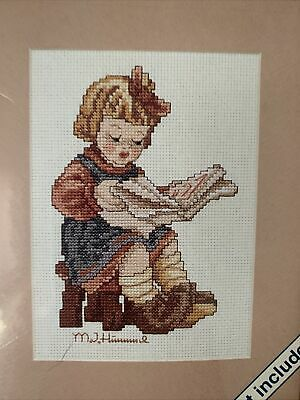 £10.26 • Buy What's New Hummel Little Girl Reading Cross Stitch Kit With Mat Weekenders NIP