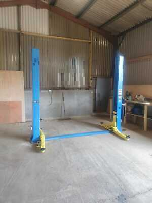 BGE 4000kg   2 Post Car Ramp  Vehicle Lift Including Installation And Delivery   • 1,600£