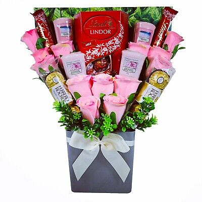 The Yankee Candle And Pink Rose Chocolate Bouquet • 32.95£