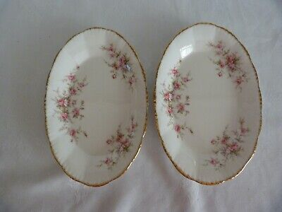 Paragon Victoriana Rose Oval Plates 8.5 Inches • 9.99£