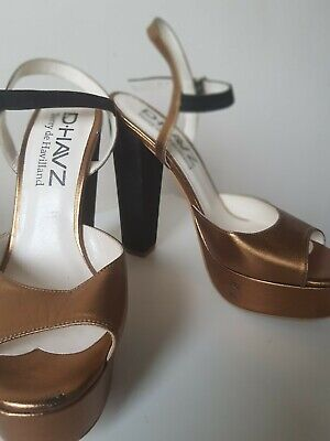 2 Pairs Ladies Gold And Silver Terry De Havilland Platform Shoes Size 4 Used  • 137£