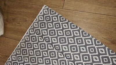 1 MTR GEOMETRIC ABSTRACT Furnishing Fabric IVORY &STEEL Grey Colour.70  WIDE • 10£