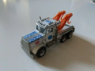 Collectable Matchbox Peterbilt C.1981 Police Recovery Truck Diecast Toy Car • 0.99£