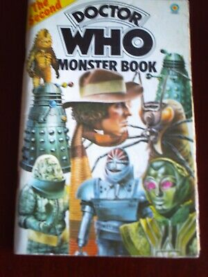 DOCTOR WHO, THE SECOND MONSTER BOOK.by TERRANCE DICKS, 1977 • 1.45£