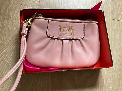 Coach Zip Pink Leather Wristlet Purse With Box • 14£
