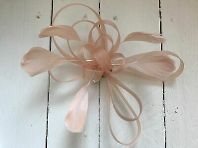 Nude  Feather Fascinator Hair Clip Ladies Day Races Party Wedding Hair Accessory • 9.99£