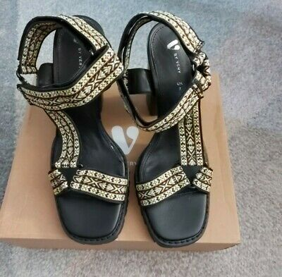 £14 • Buy Ladies Strappy Chunky Sandles. Size 7. Multicoloured. New In Box
