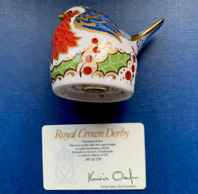 Pre Owned Royal Crown Derby  Christmas Nesting Robin Paperweight • 30.99£