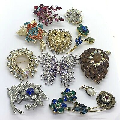 $ CDN40.79 • Buy Vintage Costume Jewelry Rhinestone Brooch Group Lot - Some Signed