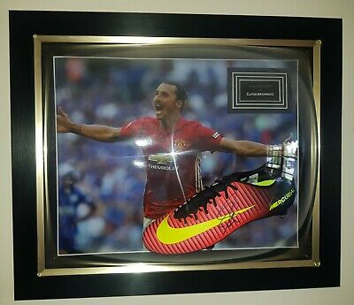AU900 • Buy Zlatan Ibrahimovic - Manchester United - Signed/Framed Boot - With Certification