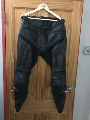 Triumph / Alpinestars Mens Sportsbike Black Leather Trousers Size 40 / 29 • 80£