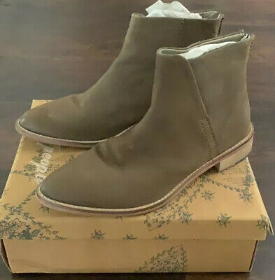 £91.62 • Buy Free People Century Taupe Leather Ankle Boots Booties 40
