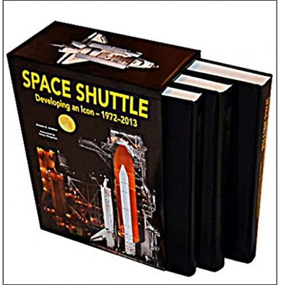Space Shuttle: Developing An Icon 1972-2013 • 160.98£