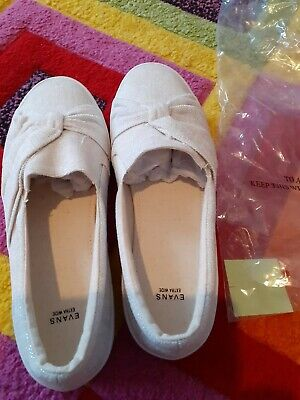 Evans Woman Shoes Size 9EEE Extra Wide Fit • 18£