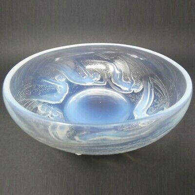 Rene Lalique Glass Opalescent Ondines Bowl • 2,470£