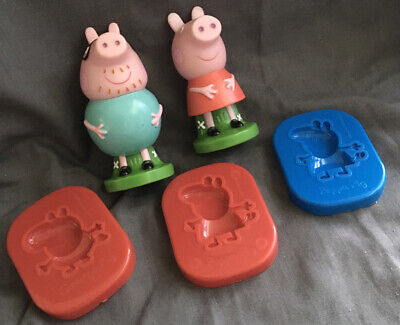 Peppa Pig & Daddy Pig Stampers & 3x Peppa Pig Moulds • 7.99£