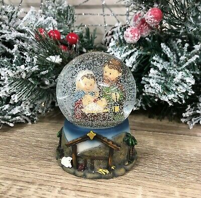 Mary Joseph & Baby Jesus Nativity Snow Globe 7534 • 12.95£