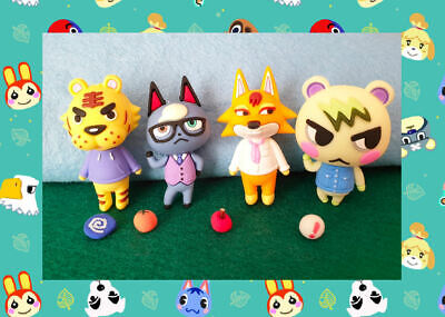 Animal Crossing New Horizons Toy, Villager, Figure With Seed, Fossil And Fruit • 10£