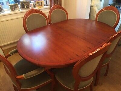 Yew Wood Dining Table With 6 Chairs And 2 Carvers • 150£