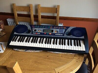 Yamaha Psr-260 Full Size Keyboard + Folding Stand • 25£