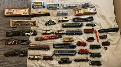 $ CDN507.02 • Buy Lot Of 40 HO Gauge Trains! Engines, Box, Passenger,  And Caboose! No Reserve!