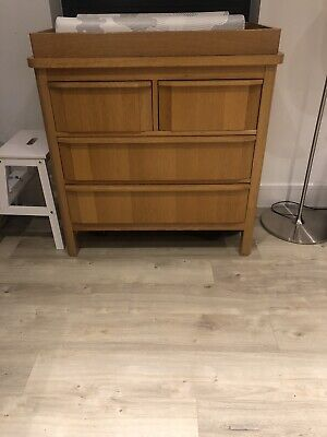 Marks And Spencer Changing Table Oak  • 11.30£