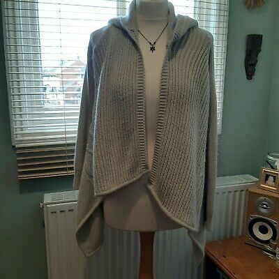 Lovely Soft Slouchy Cable Knit Cardigan/jumper Size 8 _ 10 • 2.50£
